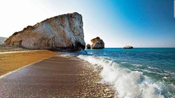 180713114200-aphrodites-rock-petra-tou-romiou----cyprus-tourism-organisation-full-169