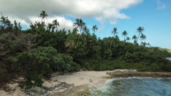 Solo-female-travel-in-Tonga-10-1050x788